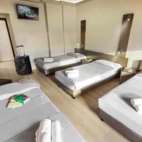 Hostely a ubytovny - PLUS Hostel Florence