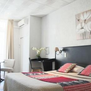 Hostely a ubytovny - Hotel Helvétique Nice