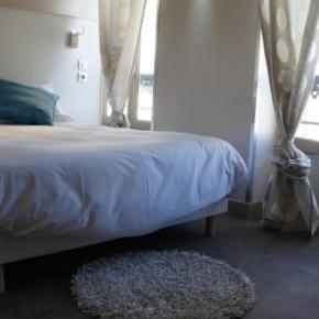 Hostely a ubytovny - Hotel Nation Montmartre
