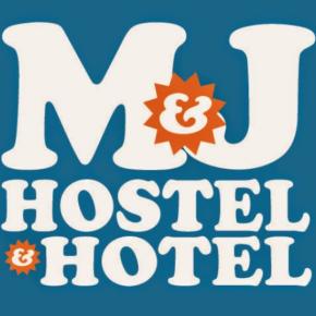 Hostely a ubytovny - M and J Place Hostel