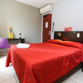 Hostely a ubytovny - Le Montclair Hostel