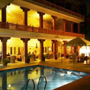 Hostely a ubytovny - Suryaa Villa