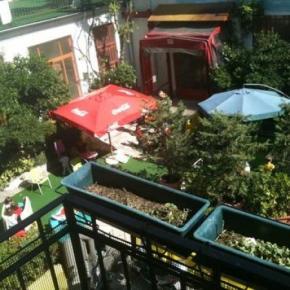 Hostely a ubytovny - Hostel California