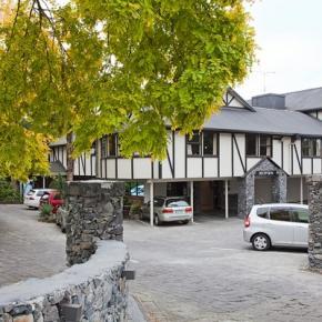 Hostely a ubytovny - Mount Richmond Hotel