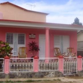 Hostely a ubytovny - Villa Aracelys y Papo