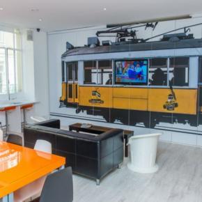 Hostely a ubytovny - Golden Tram 242 LISBON Hostel