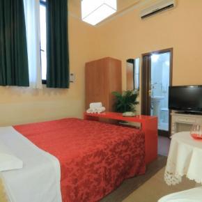 Hostely a ubytovny - Hotel Toscana Firenze