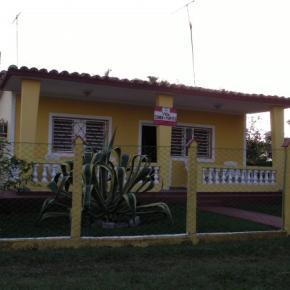 Hostely a ubytovny - Villa Sonia y Papito