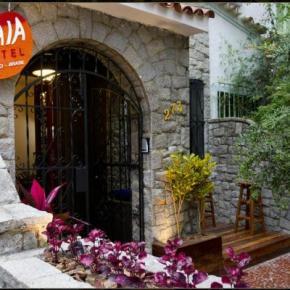 Hostely a ubytovny - Uvaia Hostel