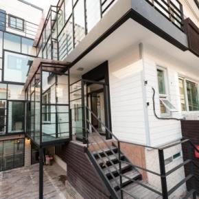 Hostely a ubytovny - Inno Hostel & Pub Lounge Hongdae