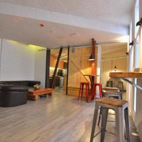 Hostely a ubytovny - Far Home Atocha