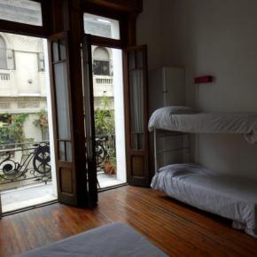 Hostely a ubytovny - Ostinatto Hostel