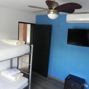 Hostely a ubytovny - Tamarindo Inn