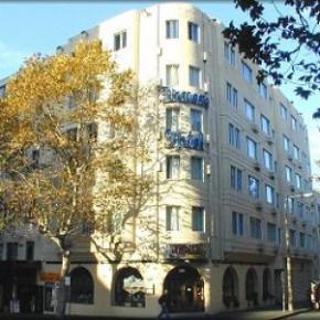 Hostely a ubytovny - Devere Hotel