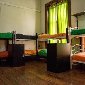 Hostely a ubytovny - 06 Central Hostel