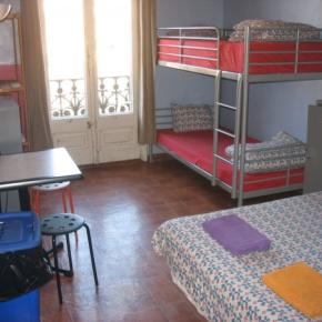Hostely a ubytovny - Backpackers House BCN