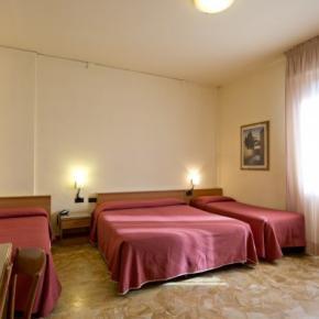 Hostely a ubytovny - Careggi Hotel