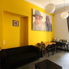 Hostely a ubytovny - Hostel Yellow