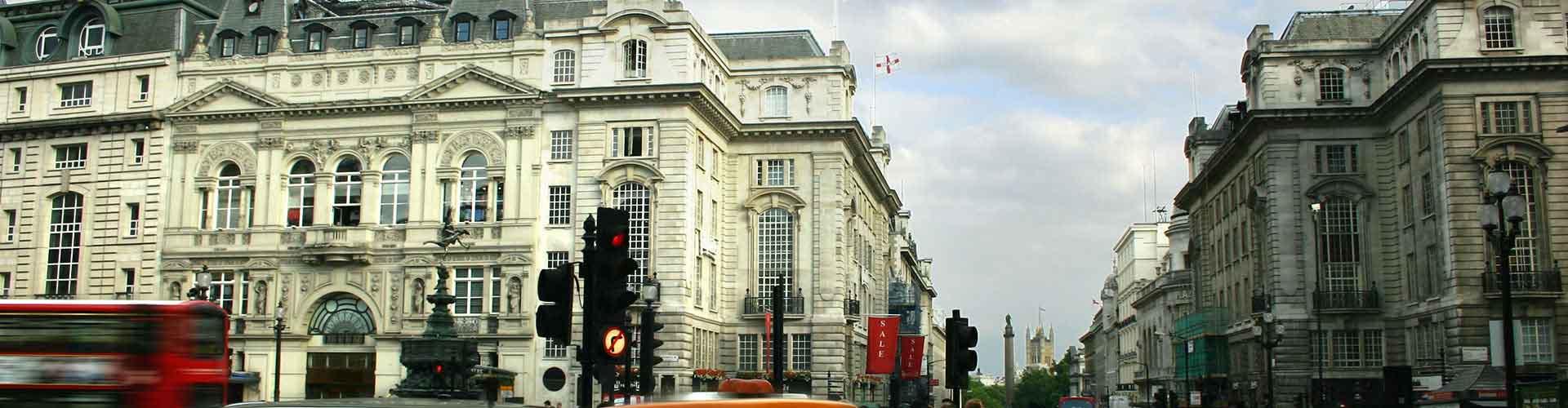 Londýn - Hostelů v blízkosti Piccadilly Circus. Mapy pro Londýn, fotky a recenze pro každý hostel v Londýn.