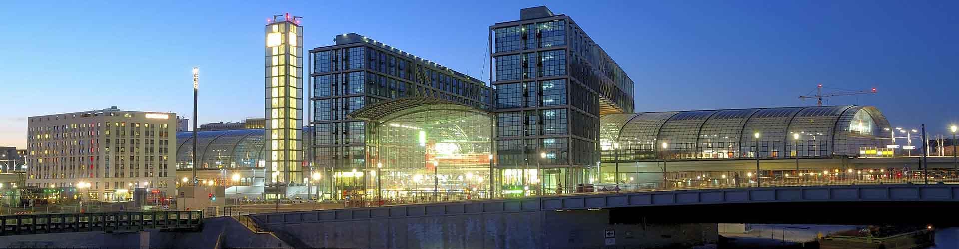 Berlín - Hostelů v blízkosti Berlin Hauptbahnhof. Mapy pro Berlín, fotky a recenze pro každý hostel v Berlín.