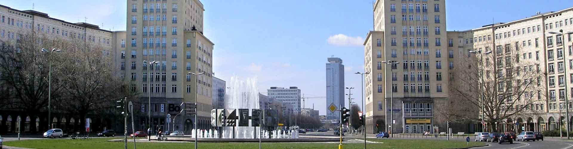 Berlín - Hostelů v blízkosti Karl-Marx-Allee. Mapy pro Berlín, fotky a recenze pro každý hostel v Berlín.