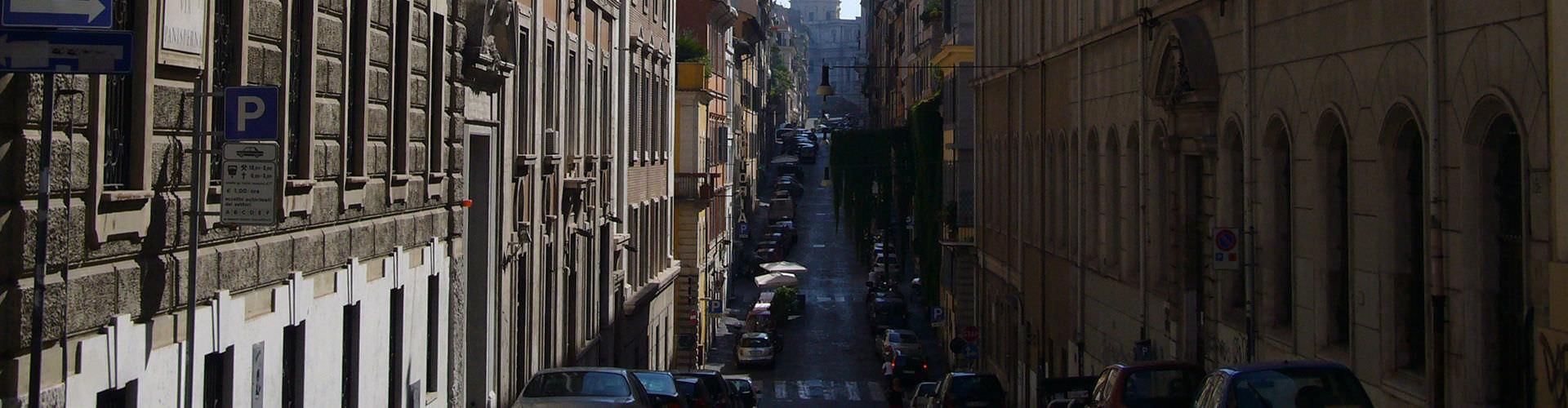 Řím - Hostelů ve čtvrti Monti. Mapy pro Řím, fotky a recenze pro každý hostel v Řím.
