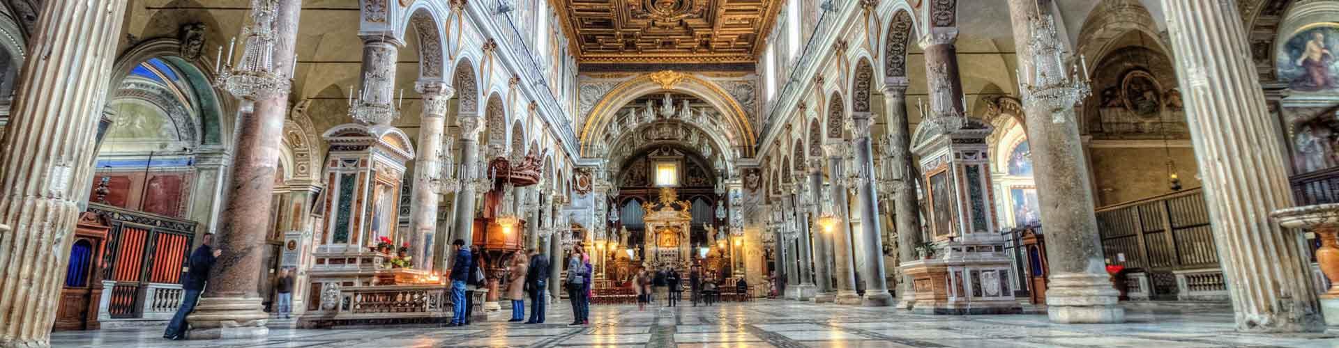 Řím - Hostelů v blízkosti Santa Maria v Aracoeli. Mapy pro Řím, fotky a recenze pro každý hostel v Řím.