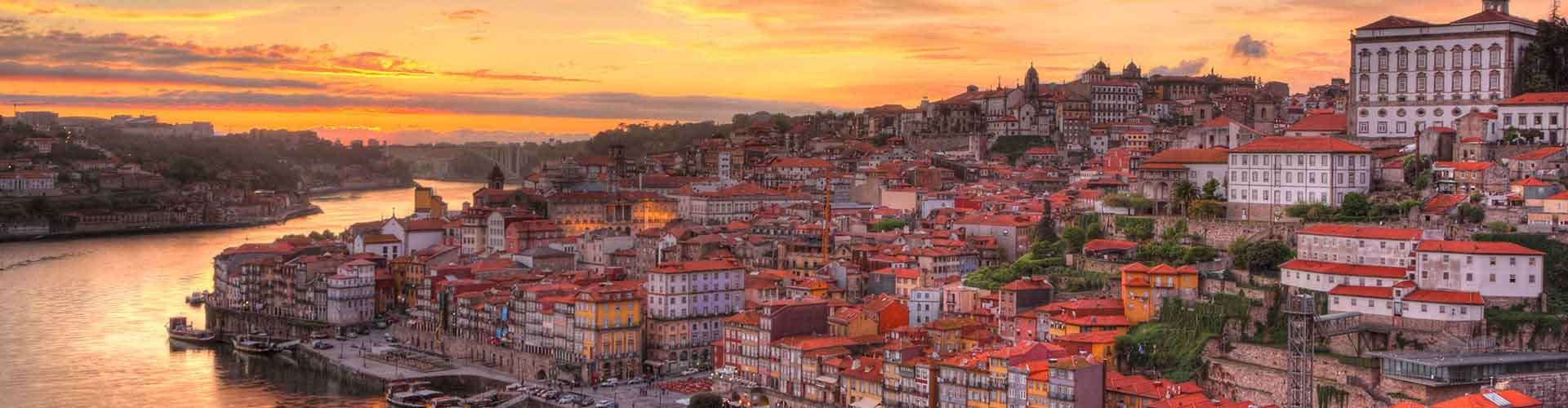 Porto – Student accommodations, hostels and coworking spaces in Porto (Portugalsko). Maps of Porto, photos and reviews for each place in Porto.