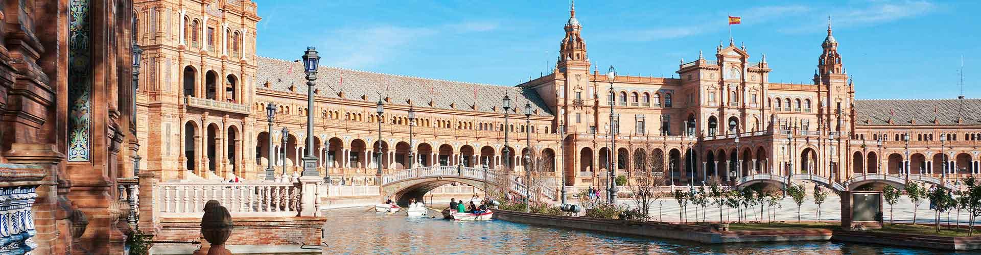 Seville - Hostelů v Seville. Mapy pro Seville, fotky a recenze pro každý hostel v Seville.