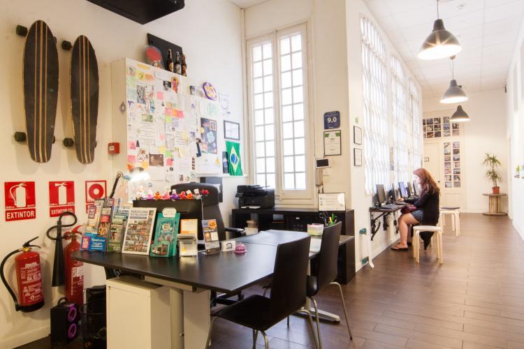 360 Hostel Arts & Culture; Recepce