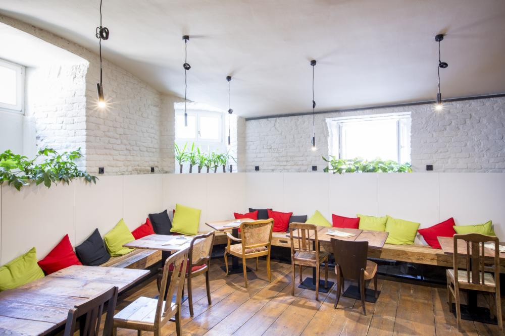 Kavárna a bar