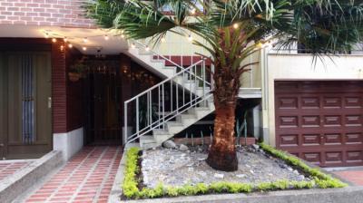 Hostely a ubytovny - Casa Albaka Floresta