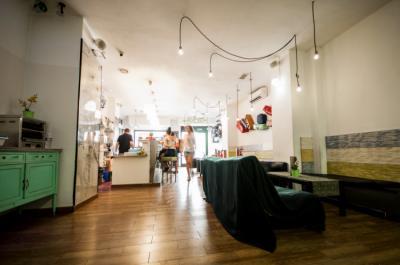 Hostely a ubytovny - Feel Hostel Soho Malaga