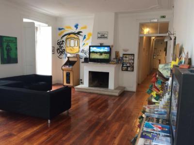 Hostely a ubytovny - Surf in Chiado Hostel