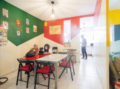 Hostely a ubytovny - No Limit Sagrada Hostel
