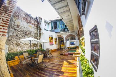 Hostely a ubytovny - Bourbon St Hostal Boutique