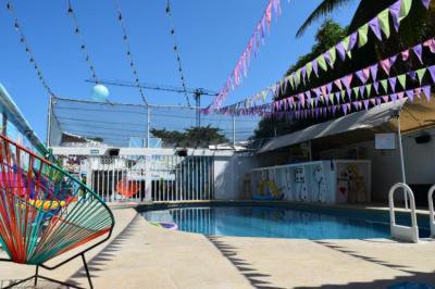Hostely a ubytovny - Wonderland Party Hostel